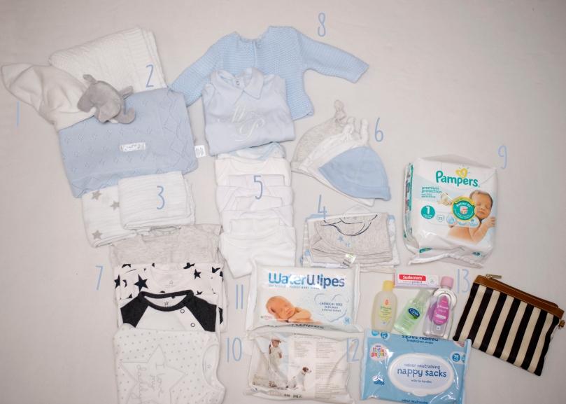 Whats in babys hospital bag 2.jpg
